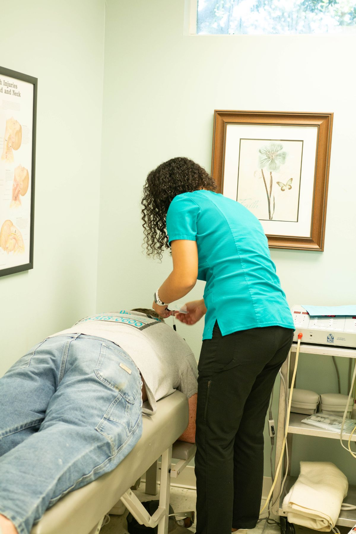 Picture of our staff that treats sciatica in Fort Pierce, FL